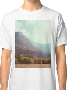 Mountains in the background V Classic T-Shirt