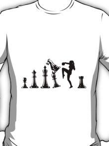 Female Kickboxing Knee Black Chess  T-Shirt