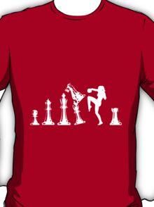 Female Kickboxing Knee White Chess  T-Shirt