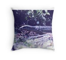 goanna  Throw Pillow