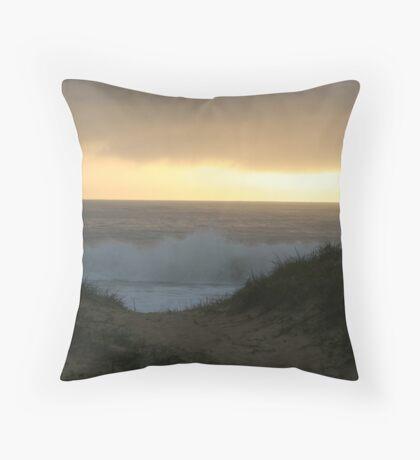 Sunrise at Culburra Beach, Australia Throw Pillow