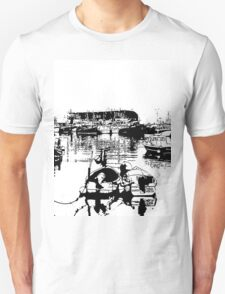 Black and white harbour T-Shirt