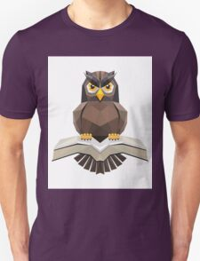 Vector, Brown Owl fly with the book Unisex T-Shirt