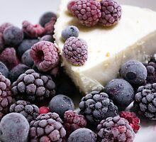 Berry Berry Nice by Kerryn Madsen-Pietsch