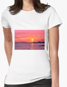 Setting On Summer Womens Fitted T-Shirt