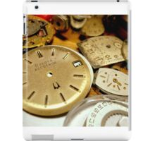 FINDING TIME......... ^ iPad Case/Skin