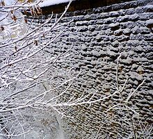 Fortification wall structured by snow by bubblehex08