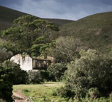 Old Shepherd's House, Botlierskop Private Game Reserve, South Africa by Roger Barnes