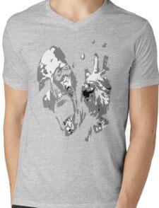 Mummy Scream Mens V-Neck T-Shirt