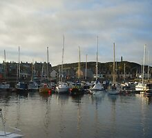 Findochty Harbour by JaneMerson
