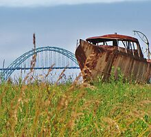 Rusted and Stuck in Newport, Oregon by trueblvr