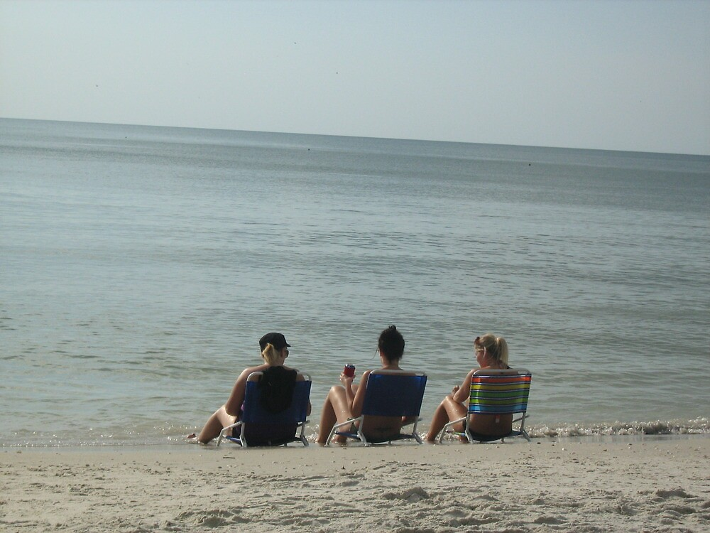 drinking on the beach by ceciperu