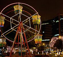 Little Ferris Wheel by Maria  Gonzalez