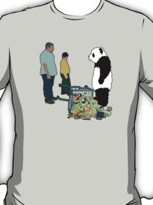 Never Say No To Panda! [Black Outline] T-Shirt