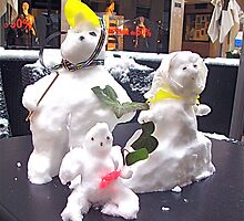 The snowman's family by vickimec