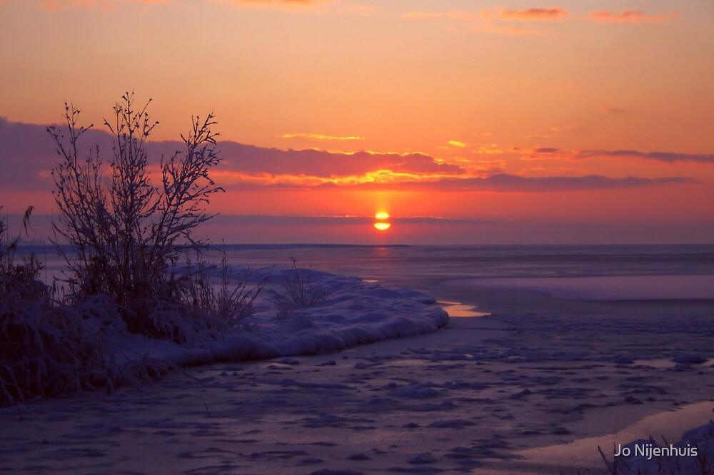 Sunrise in Winter by Jo Nijenhuis