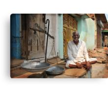 weighing man, Rajasthan, India Canvas Print