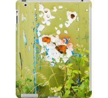 'Em Daisies Shot Up iPad Case/Skin