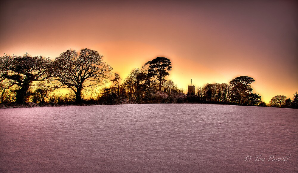 Snowy Sun Set by Parnellpictures