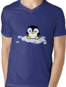 Penguin geek funny nerd Mens V-Neck T-Shirt