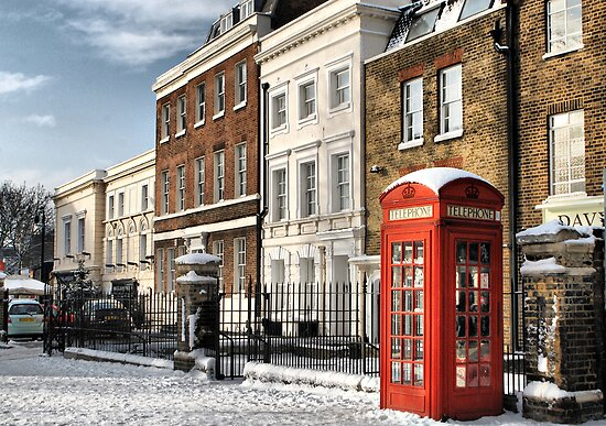Greenwich High Road Telephone Box by Karen Martin IPA