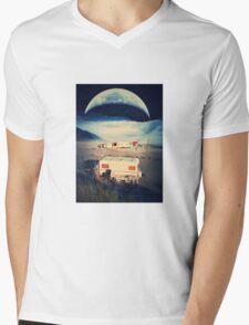 Allonsy Mens V-Neck T-Shirt