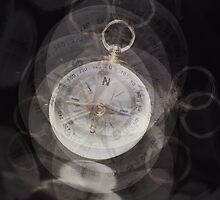 Compass by RosiLorz