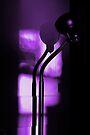 freakin in a purple haze... with a snake lamp by dedmanshootn