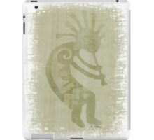 Green Southwest Dancing Kokopelli iPad Case/Skin