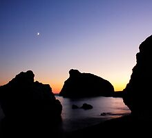Aphrodite's Rock by AndyCh