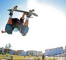 Bondi Bowl Air by Mick Duck