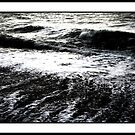 Stormy Sea Waves by jahina