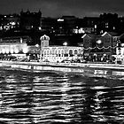 Scarborough Sea Front night Shot (B&W) by lendale