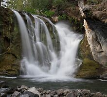 McKay Crossing Falls in Eastern Oregon by OrPhotoJohn
