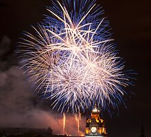 Edinburgh Festival Fireworks 2015 by beakydave