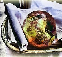 Apple by RosiLorz