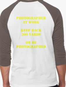 Photographer at work Men's Baseball ¾ T-Shirt