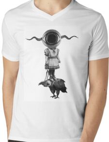 Eye tamed the Vulture Mens V-Neck T-Shirt
