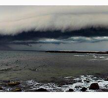 duranbah storm front by Tim Richardson