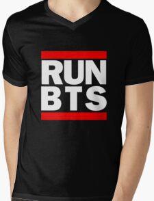 BTS Bangtan Boys 'RUN BTS' Mens V-Neck T-Shirt