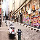 hosier lane middle by Esther Frieda
