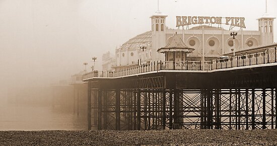 Brighton Pier by mikebov