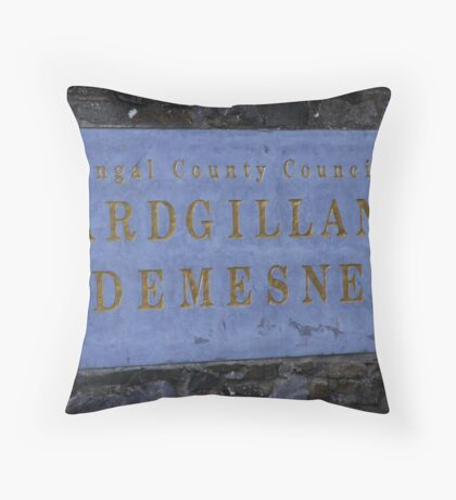 Regional Park Throw Pillow
