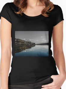 Banks Lake Women's Fitted Scoop T-Shirt