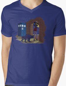 Elisa and the TARDIS Mens V-Neck T-Shirt