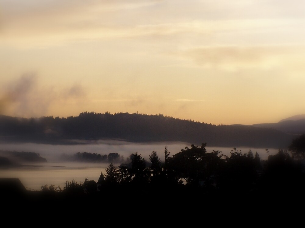 misty october sunrise over the Columbia River by Dawna Morton