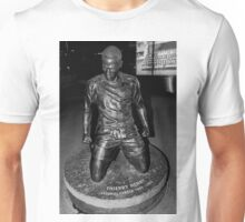 Thierry Henry Statue Arsenal Unisex T-Shirt