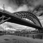 Tyne Bridge, Newcastle (B&W) by dlsmith