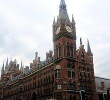 London - Train Station by Darrell-photos