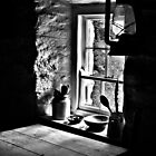 Cottage window by latitude54photo
